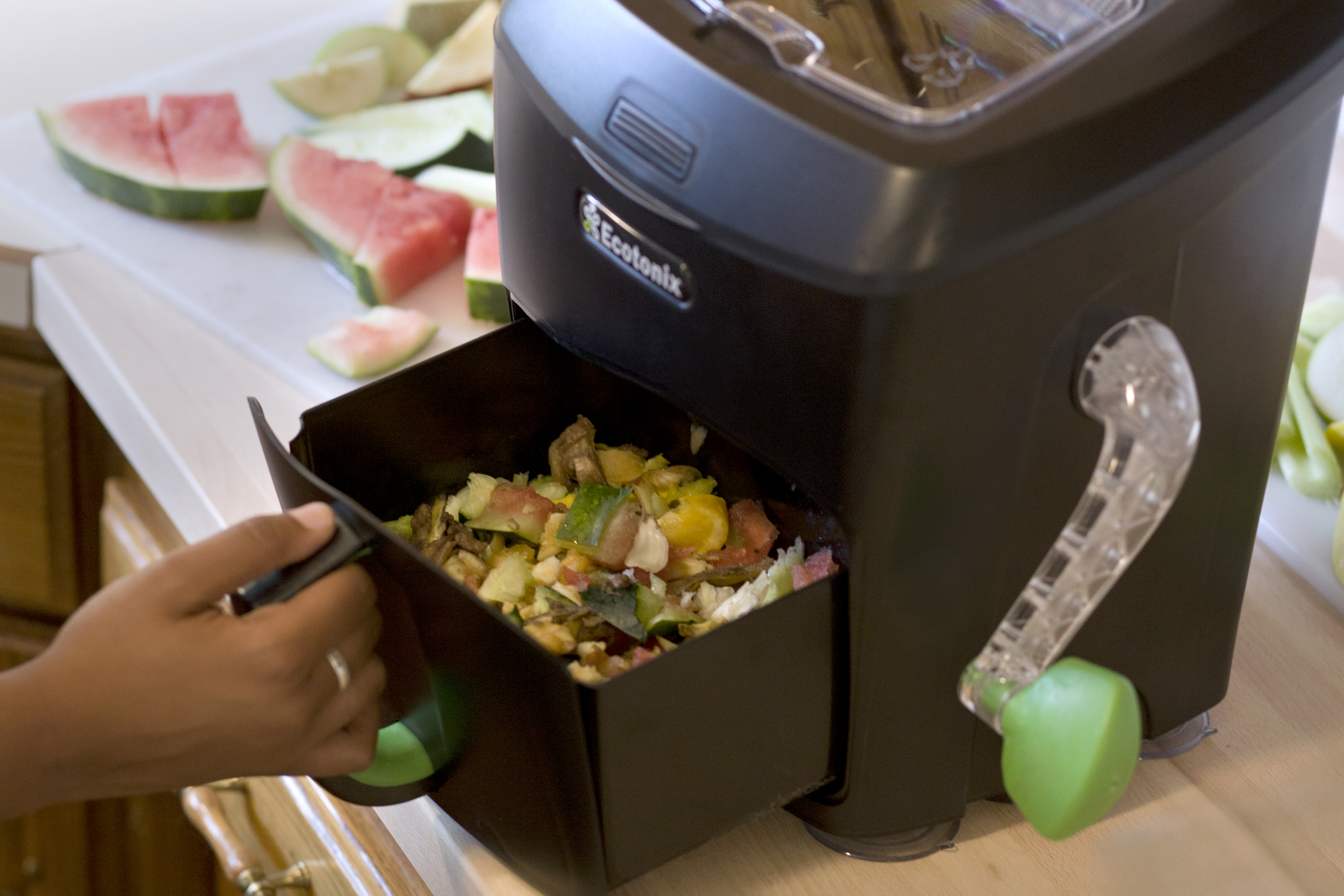 Green Cycler fast composter