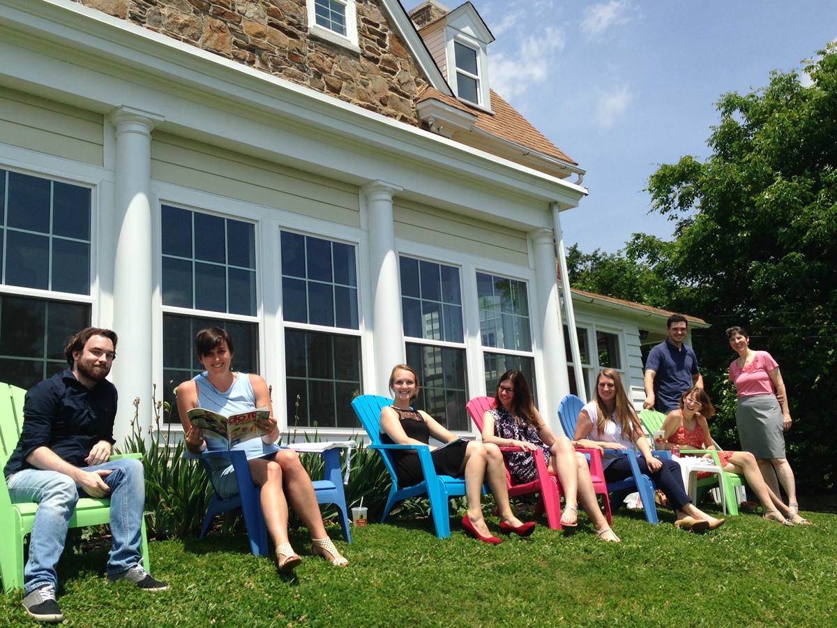 lunch on the lawn, garden media group, public relations, get outside, increase productivity, garden business