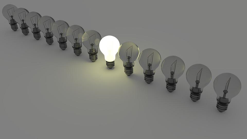 light-bulbs-1125016_960_720.jpg