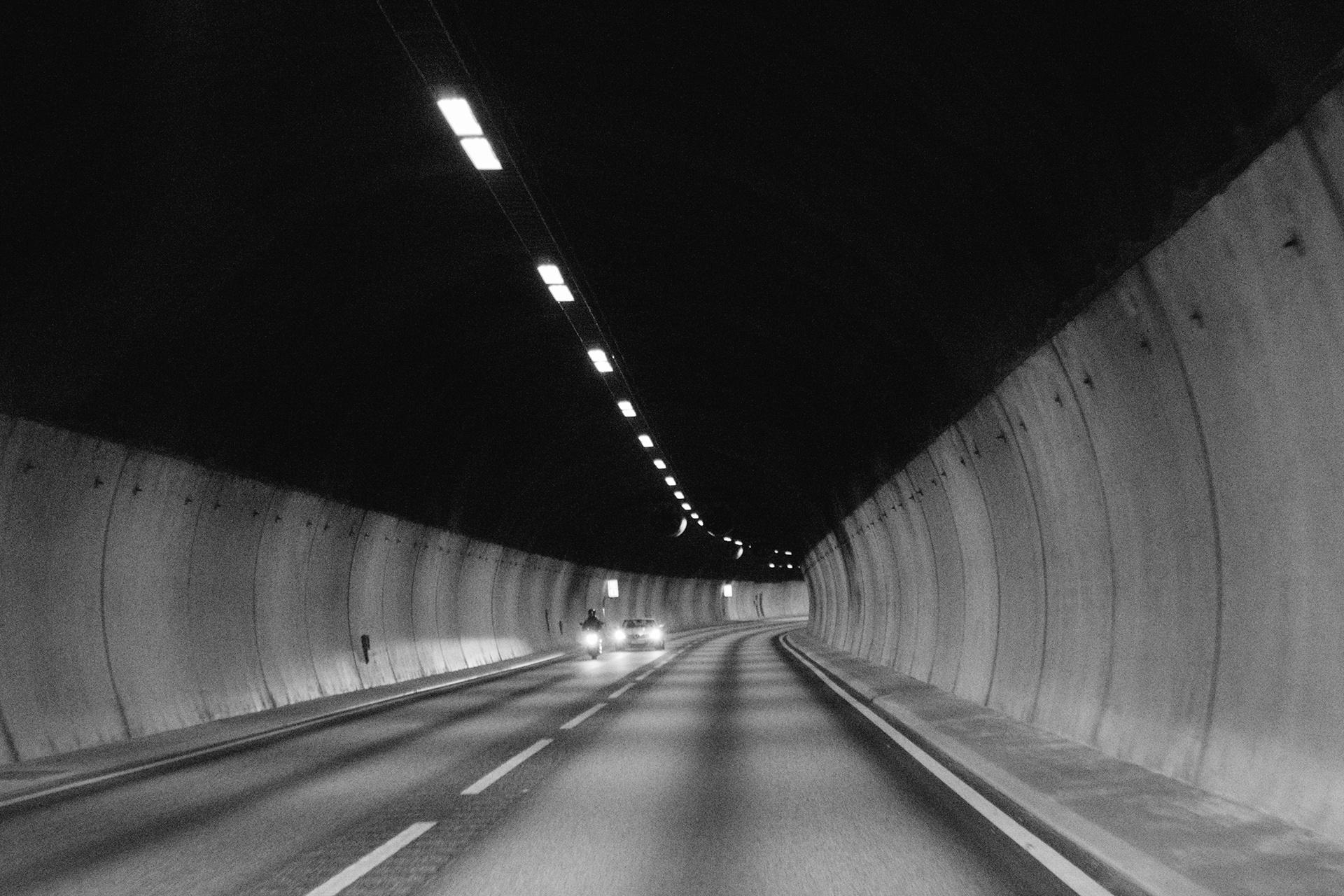 norwaytunnel.jpg
